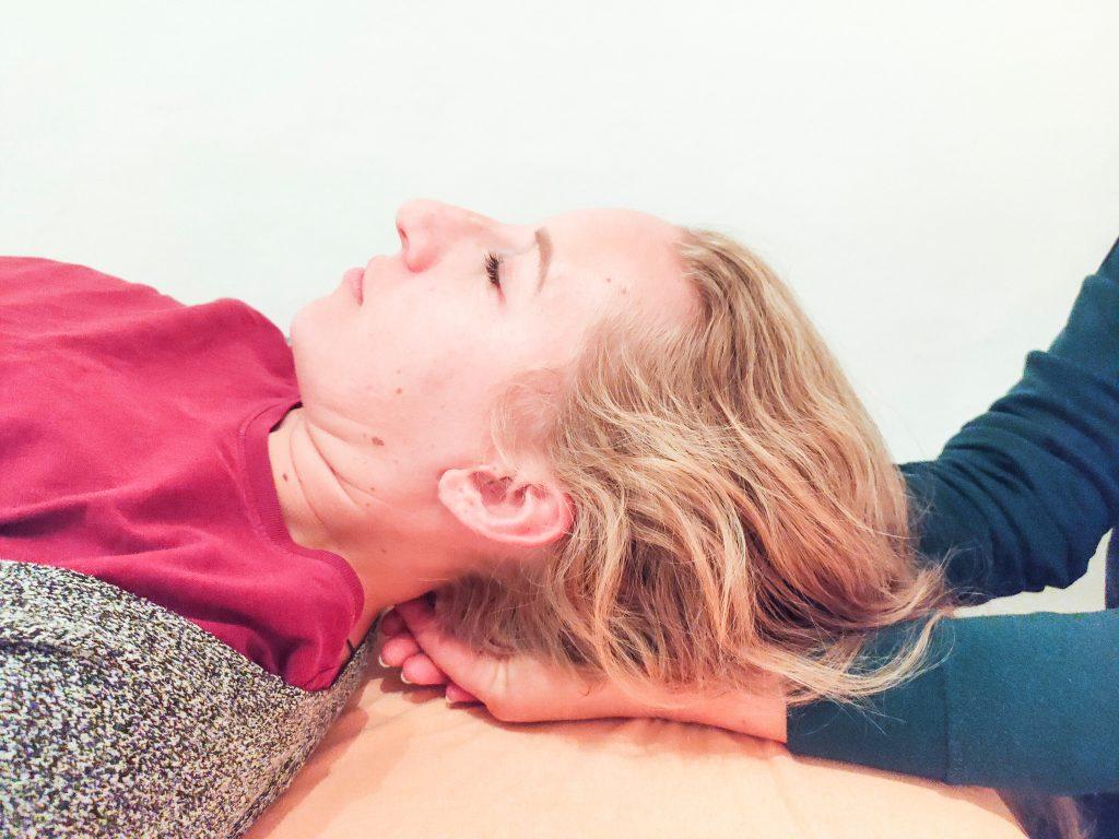 cranio-sacral-therapie bei Rückenschmerzen
